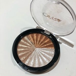 Ofra Everglow Highlight